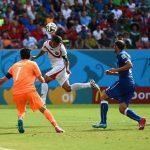 كوستاريكا تهزم إيطاليا وتقصي إنجلترا