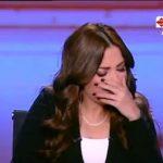 لبنى عسل تنخرط في البكاء على شهداء الشيخ زويد
