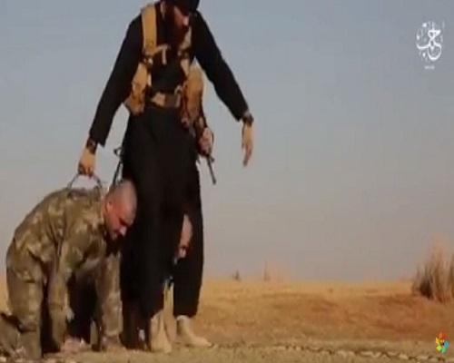 صور+18 داعش يحرق جنديان تُرك