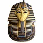 نقل 800 قطعة من مقتنيات توت عنخ آمون للمتحف الكبير
