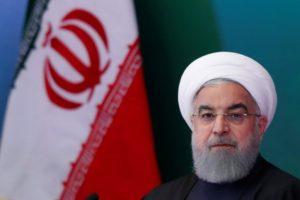 انخفاض العملة الإيرانية إلى مستوي قياسي مع اقتراب العقوبات الامريكيه
