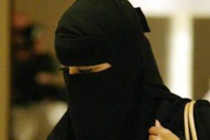 الجزائر تمنع ارتداء النقاب بشكل نهائي بالمرافق العامه