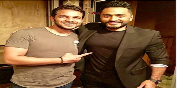 """محمد رشاد يدعم تامر حسنى بعد تدهور حالته الصحية """"ألف سلامة عليك يا عالمى"""""""