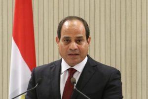 السيسي : لابد أن يكون دور المجتمع الدولي داعما للتسويه في ليبيا
