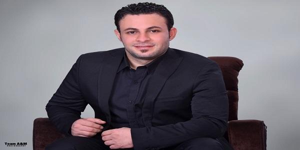 """بالصور..أحمد العمدة بإطلالة جذابة بتوقيع """"عمرو عصام"""""""