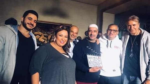"ويزو ومحمد سعد يصورون ""محمد حسين"" فى استوديو مصر"