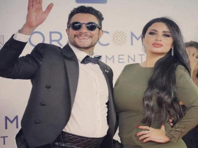 رومانسية أحمد الفيشاوي مع زوجته ندي كامل  على الطريق