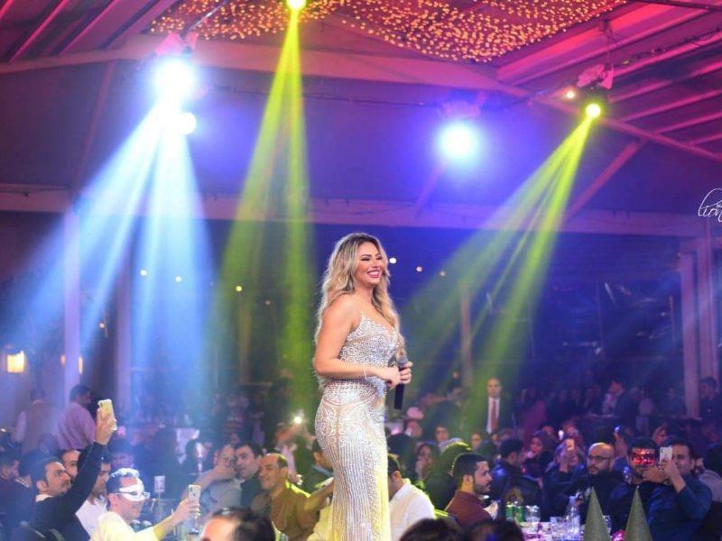 """بالصور..""""راكيل"""" تشدو في حفلي الكريسماس ورأس السنة بالقاهرة"""